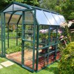 Serre de jardin en verre trempé ou polycarbonate ?