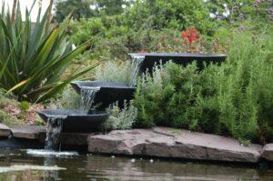 Cascade de bassin de jardin